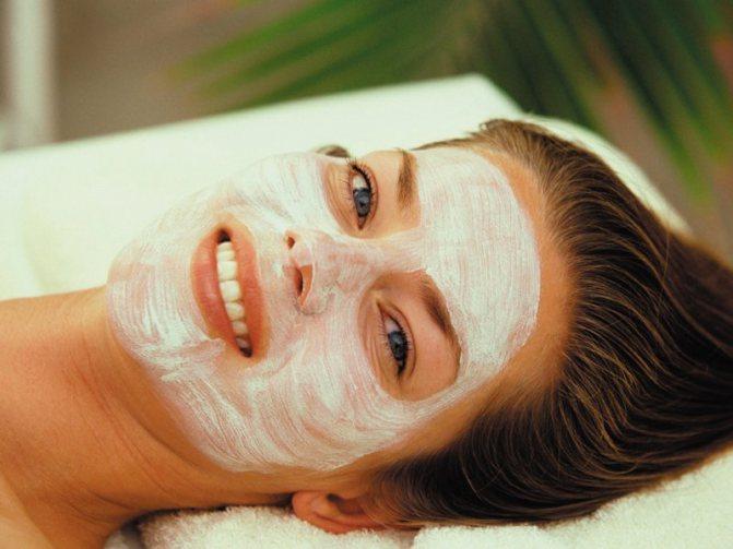 Очищення обличчя аспірином