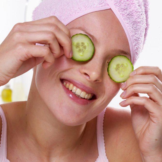 Огіркова маска допоможе кольору обличчя стати свіжим і рівним
