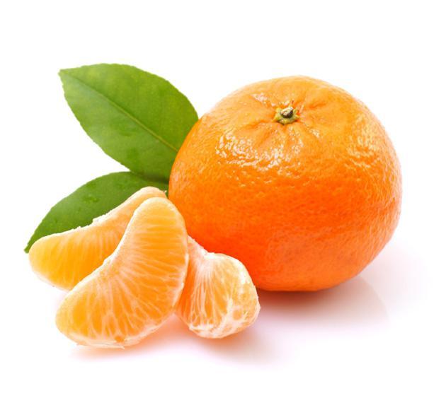відбілювання шкіри обличчя апельсиновою шкіркою