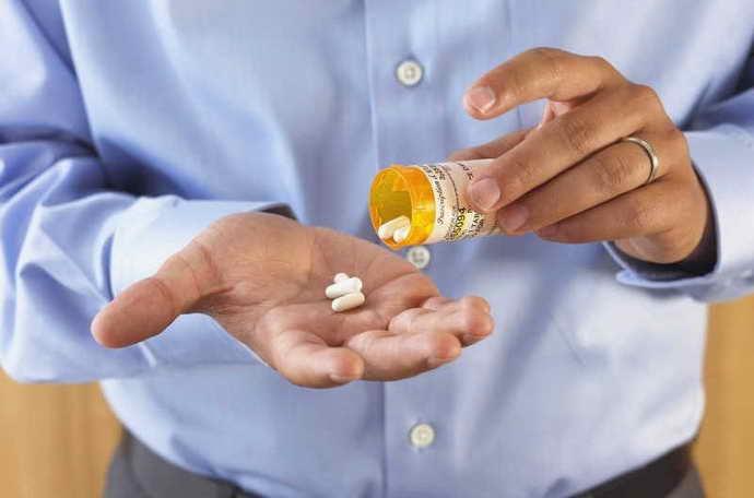 Перед операцією необхідно пропити курс антибіотиків