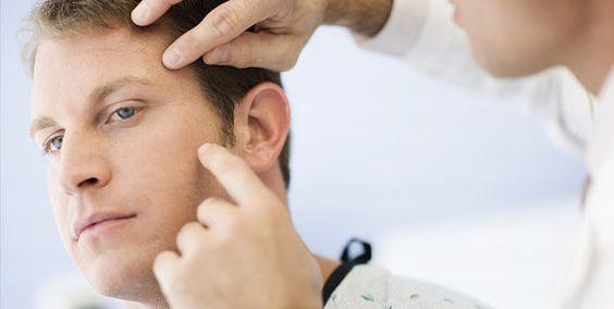 Насамперед варто відвідати дерматолога