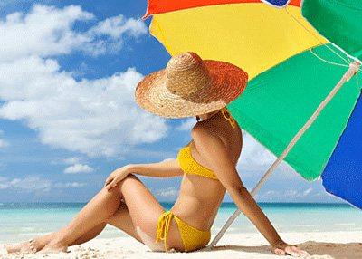 При знаходженні під палючим сонцем обов'язково потрібно надягати головний убір і сонцезахисні окуляри