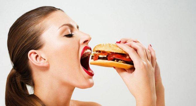 Напад може трапиться по час їжі