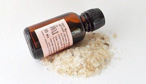 Розчин йоду і солі - ефективний засіб проти пародонтиту