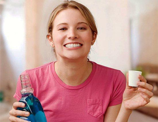 Сьогодні у продажу є безліч спеціальних ополіскувачів для порожнини рота, які теж цілком можуть підійти для зняття зубного болю.