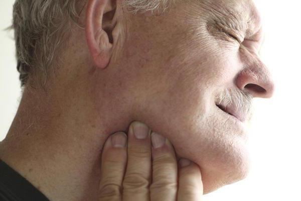Сіалолітіаз підщелепної слинної залози