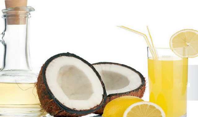 Сік лимона і кокосове масло