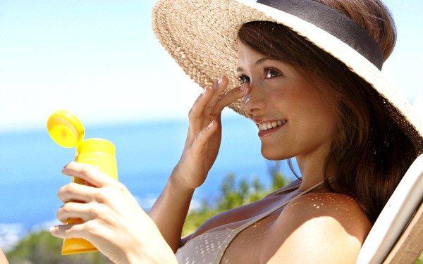 Сонячні промені корисні для проблемної шкіри, якщо вони отримані в міру