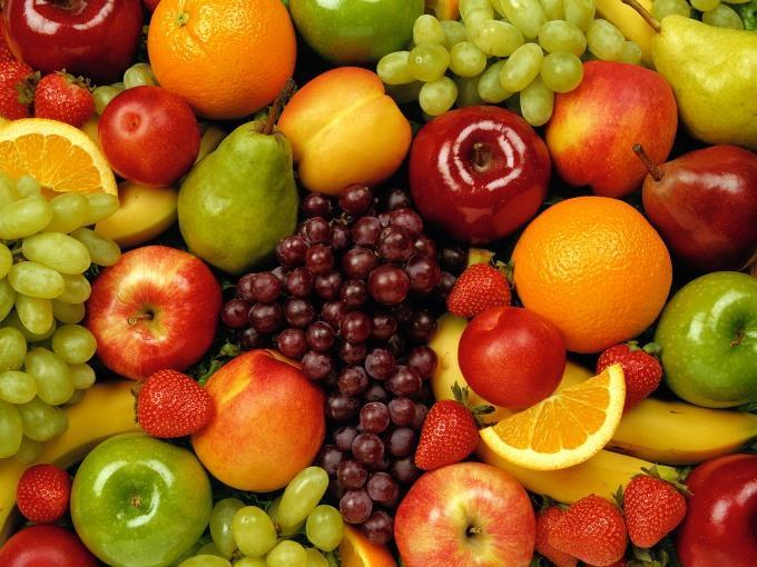 стиглі фрукти