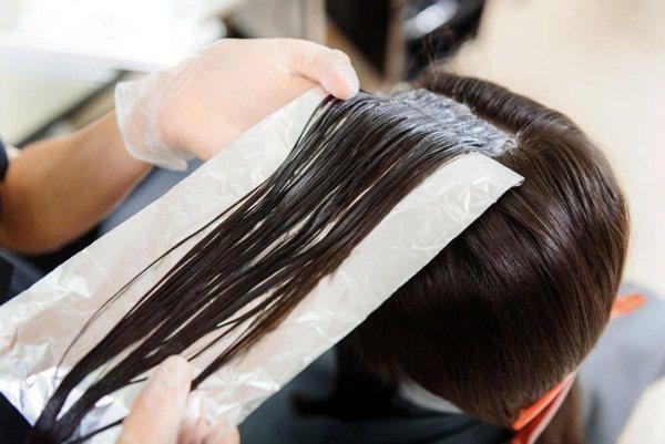 Засоби для довготривалого випрямлення, розгладження волосся праскою, кератином