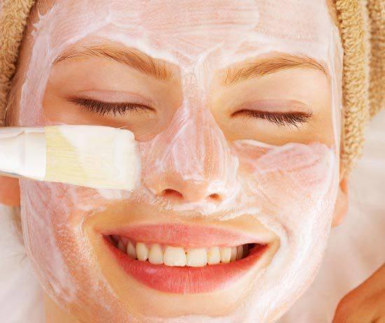 Засіб ефективно очищає і оздоровлює проблемну шкіру