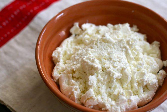 Сир - натуральний продукт чудово впливає на стан шкіри