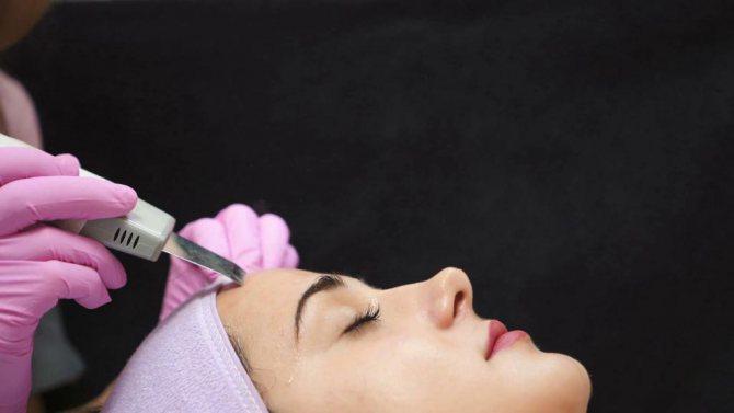 Ультразвукова чистка шкіри