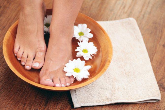 Ванночки для ніг з евкаліптом