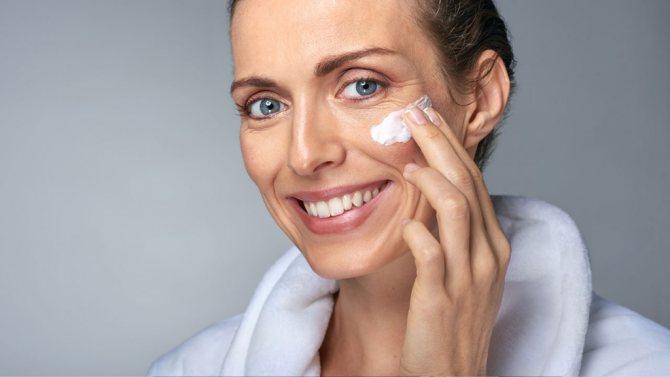 відновити шкіру, що в'яне особи