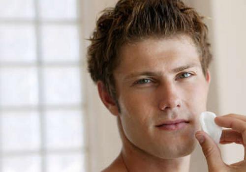 Жирна шкіра обличчя у чоловіків народні засоби. Жирна шкіра обличчя у чоловіків