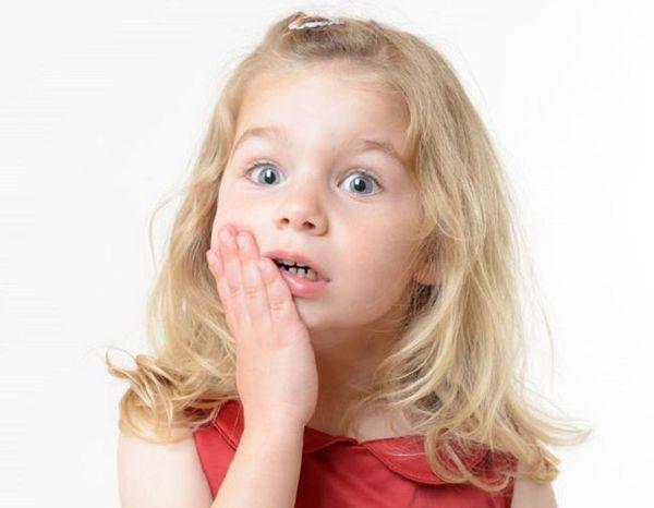 Зубний біль - перша ознака карієсу у дітей